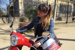 Enjoy a sunny day with a Vespa in Barcelona