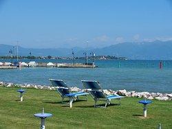 Il panorama dalla nostra bellissima spiaggia verde