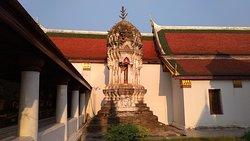 很受歡迎的佛寺