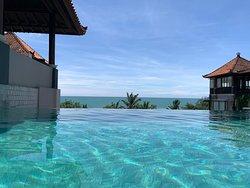 Top Location & Pool