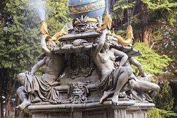 Night Goddess Fountain