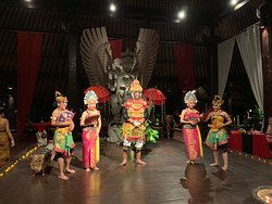 Traditional Balinese Cultural Dance Performances at Hotel Tugu Bali