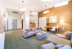 Grandium Suite - living room