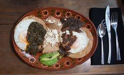 Casa María te ofrece el mejor sabor y calidad en sus alimentos, reconocidos por la Secretaría de Turismo con su distintivo Punto Limpio