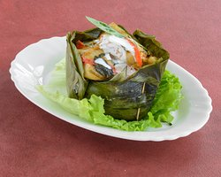 Hor Mok , poisson cuit à l'intérieur d'une feuille de bananier
