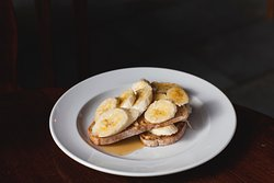 The Elvis - Toasted sourdough with peanut butter, sliced banana and Maple syrup (ve)