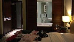 Zimmer 2606 - es ist in Wirklichkeit heller ;-)