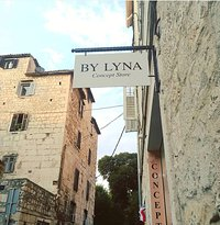 By Lyna Conceptstore