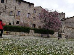 Un bel Borgo, non molto conosciuto.