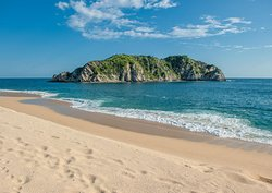 Isla Cacaluta