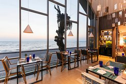 Throw in panoramic sea views and you have an experience that leaves your heart feeling just as full as your stomach.