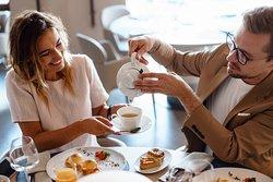 Завтраки в формате шведского стола или заказа по меню