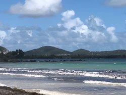 Playa Medio Mundo y Daguao
