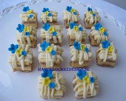 Glutenfria petit fours cakes, mini tårtor till studenten