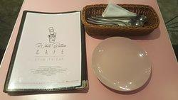 White Button Cafe & Dessert