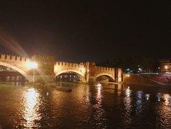 Torre di Ponte Pietra