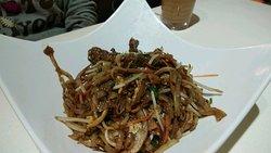 越式牛肉炒河($42):好油