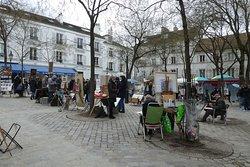 Place de Teartre and its artists