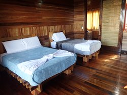 Room Mariposa