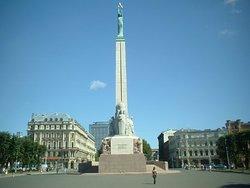 Freedom Monument (Brivibas Piemineklis)