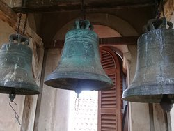 Os sinos da torre da Igreja São Pedro dos Clérigos