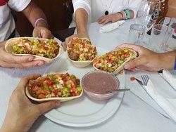 Barquitas mejicanas con guacamole