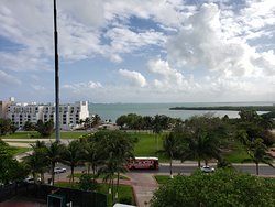 1601 1-BR suite: view looking over the lagoon