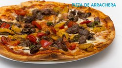 NUESTRA FANTASTICA PIZZA DE ARRACHERA