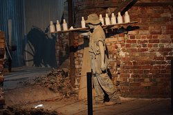 Bendigo Pottery - historic display