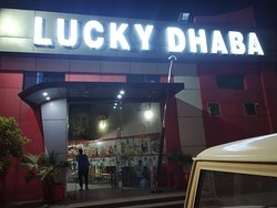 Lucky Dhaba outside view