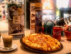 It's always time for a pizza !!!