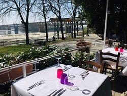 Foto panoramiche dei due Dehor con vista panoramicò sulla confluenza del Fiume Ticino con il Po .