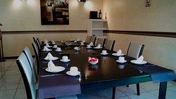 Salones privados para reuniones familiares, sociales o empresariales.