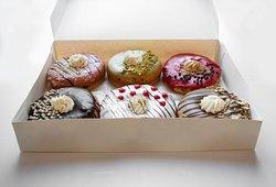 Il Venetian Doughnuts & Gelato