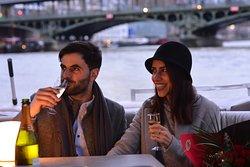 Croisière romantique à Paris via sa plus belle avenue : la Seine !