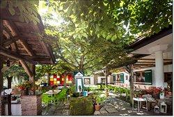 Hermann & Tina's Restaurant