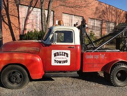 Wally's towing.
