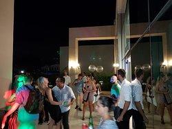 Comemore seu aniversário com a mais linda vista da Barra no Lounge do Café Hum Barra Shopping.