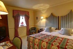 york pavilion hotel bedrooms