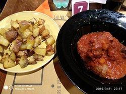 Involtini alla romana con patate, sugo da leccarsi i baffi