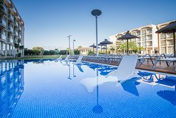 Sunbeds in the pool
