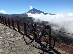 One of the many magnificent views on tour around Mt Teide
