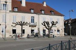 Vue extérieure de l'office de tourisme