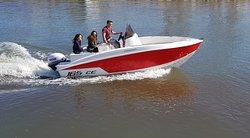 Barco Compass 1.6 de alquiler sin licencia en Santa Pola 2/4/8 horas