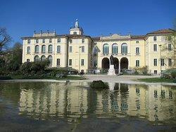 Palazzo Dugnani