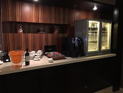 Executive lounge: drinks and candy
