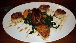Scallops with pork belly