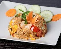 Kaopat Kung (riz sauté, crevettes)