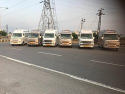 AC One Way Tempo Traveller Delhi To Agra 4000 INR/-.