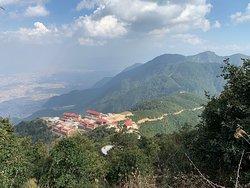 Глоток воздуха рядом с пыльным Катманду